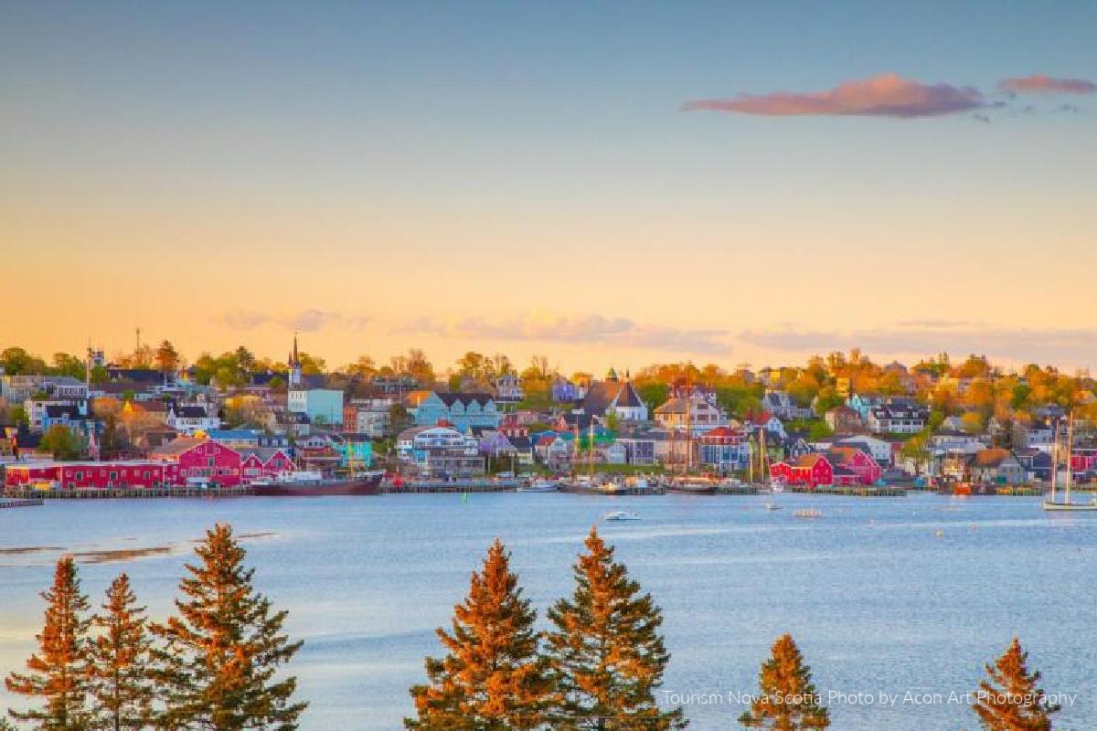 Savour Lunenburg Tourism Nova Scotia photo credit Acorn Art Photography